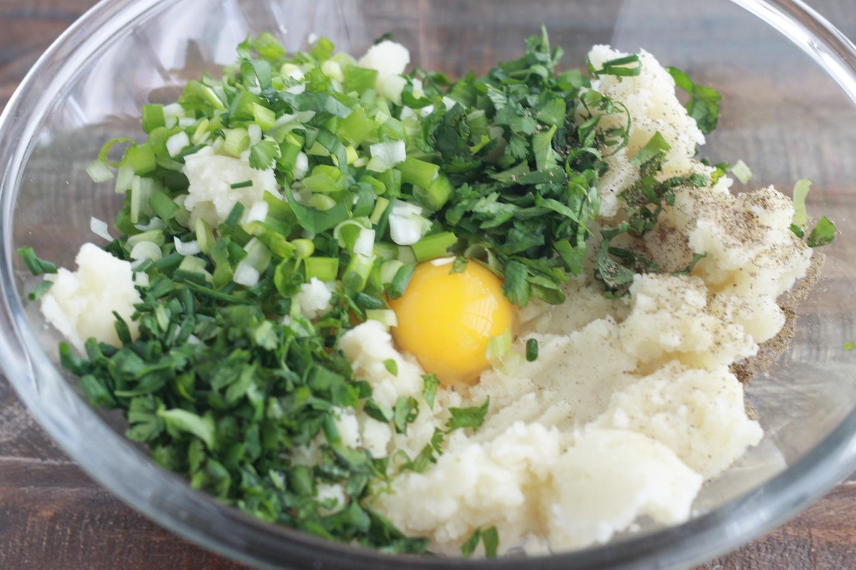 Makouda galettes de pommes de terre l 39 alg rienne cuisine culinaire - Google cuisine algerienne ...