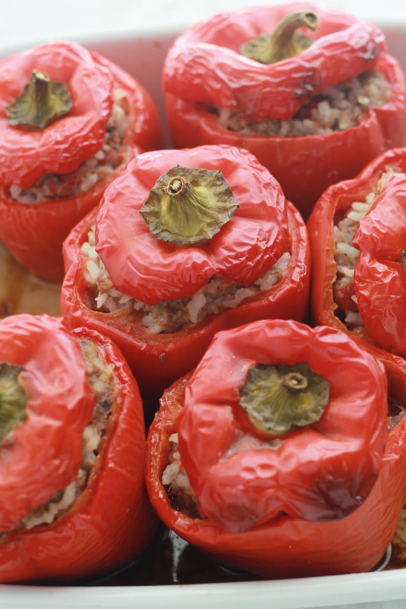 Poivrons rouges farcis au boeuf et au riz pas cher