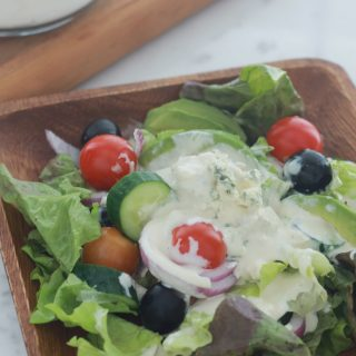 Salade sauce au fromage bleu