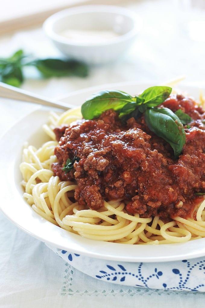 spaghetti bolognaise recette facile cuisine culinaire. Black Bedroom Furniture Sets. Home Design Ideas