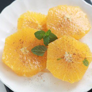 Salade d'oranges parfumée à l'eau de fleur d'oranger et cannelle