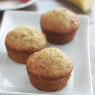 Muffins à la banane et noix, moelleux
