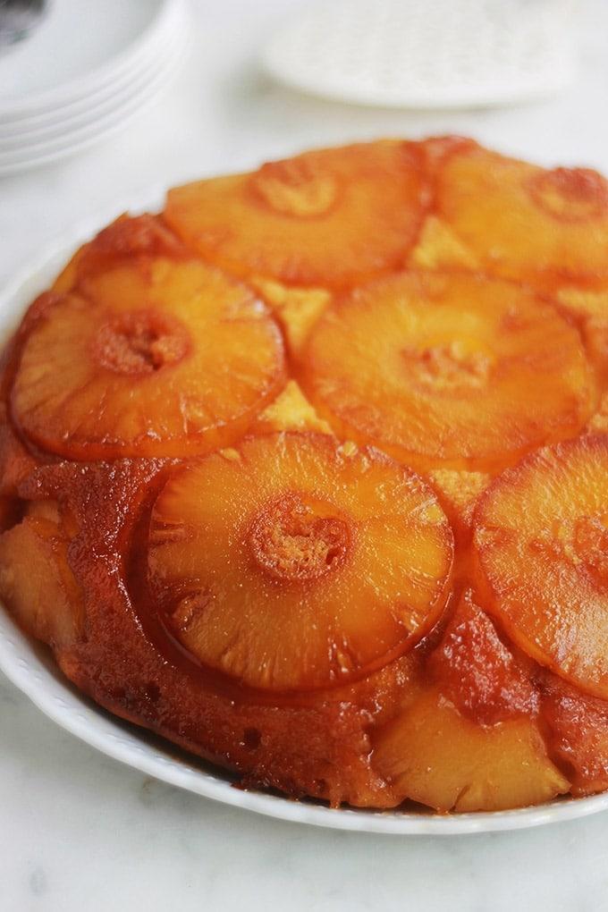 Gâteau au yaourt renversé à l\u0027ananas caramélisé  une variante classique à  base de