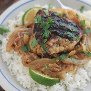 Yassa au poulet (recette sénégalaise)
