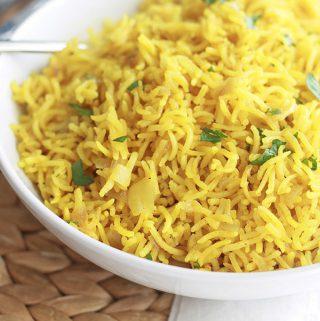 Riz pilaf au curcuma (riz épicé indien)