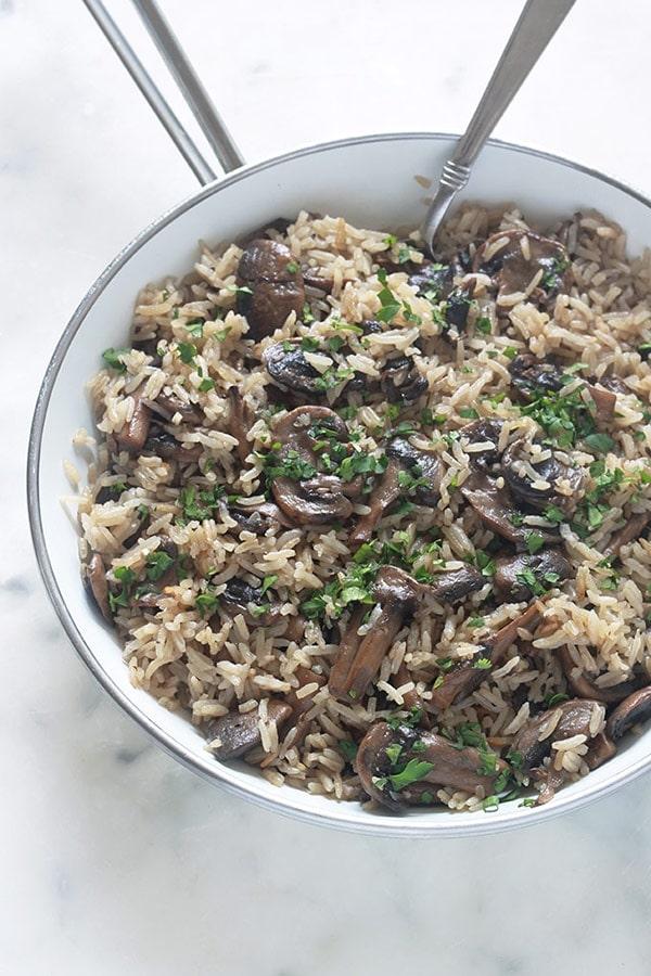 riz aux champignons recette facile et rapide cuisine culinaire. Black Bedroom Furniture Sets. Home Design Ideas