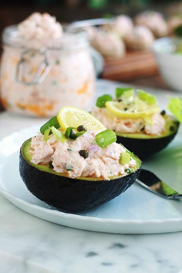 avocats farcis aux rillettes de saumon recette facile et rapide cuisine culinaire. Black Bedroom Furniture Sets. Home Design Ideas