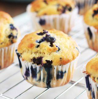 Muffins au yaourt et myrtilles (bleuets), recette facile