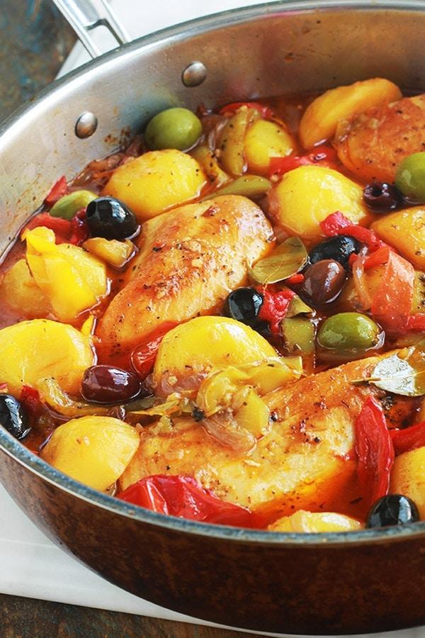 poulet aux poivrons pommes de terre oignons olives recette facile cuisine culinaire. Black Bedroom Furniture Sets. Home Design Ideas