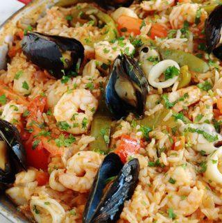 Riz aux fruits de mer surgelés et légumes