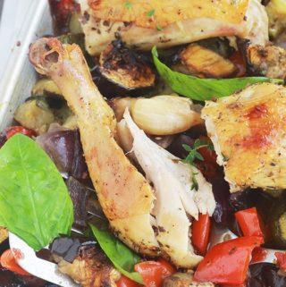 Cuisses de poulet au four et ratatouille, recette rapide