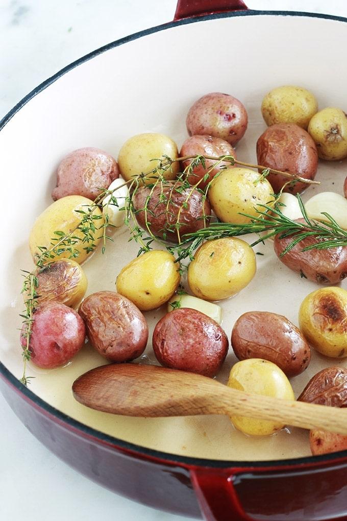 pommes de terre grenailles saut es et confites l ail romarin et thym cuisine culinaire. Black Bedroom Furniture Sets. Home Design Ideas
