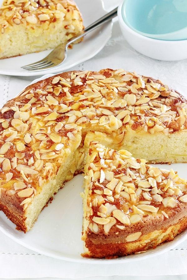 Gâteau au yaourt pommes, amandes, hyper moelleux