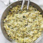 La fondue de poireaux à la crème est un plat classique de la cuisine française. Facile et rapide à faire. En entrée ou en plat d'accompagnement pour les poissons et fruits de mer. Particulièrement les noix de St Jacques poêlées en période de fêtes (Noël, nouvel an, ...)