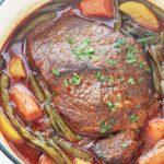 Roti de boeuf braise en cocotte avec legumes
