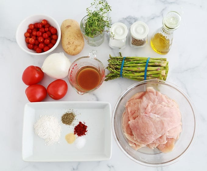 Ingredients du poulet roule aux asperges au four