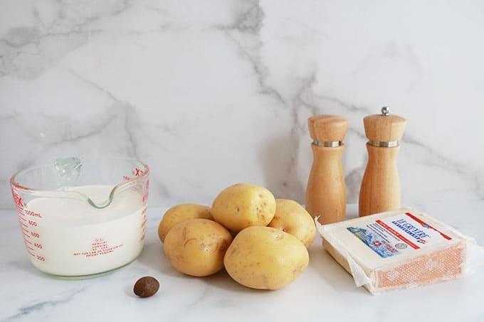 Ingredients du gratin de pommes de terre sans bechamel sans gluten avec ou sans precuisson des pommes de terre