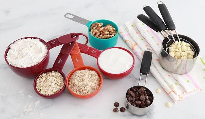Tasses cups pour mesurer farine sucre avoine amande en poudre sans balance