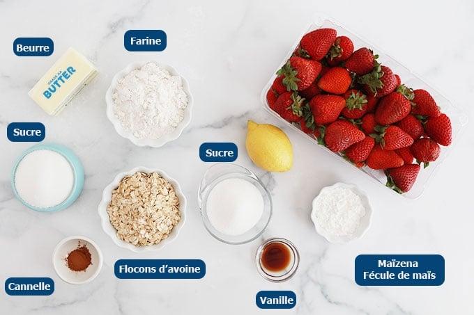 Ingrédients du crumble aux fraises et flocons d'avoine
