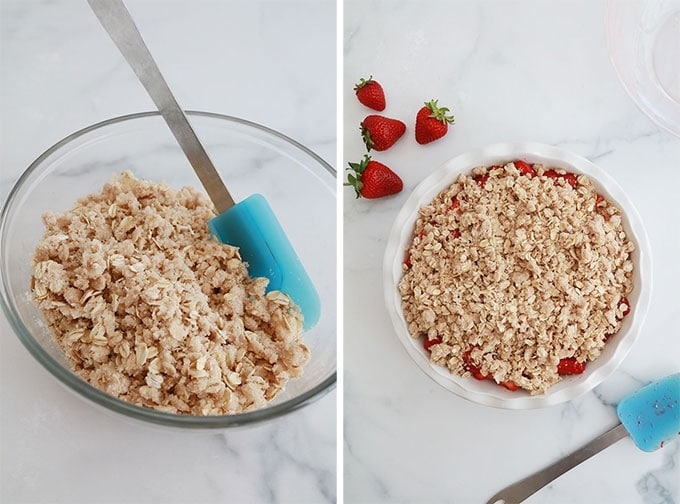 La pate a crumble dans un bol puis parsemee au dessus d'une garniture de fraises dans un moule a tarte